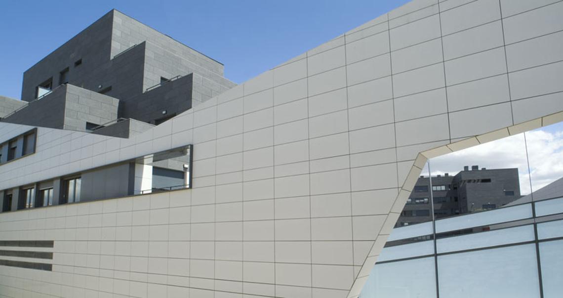 fachada-ventilada_Porcelanosa-Grupo_Butech